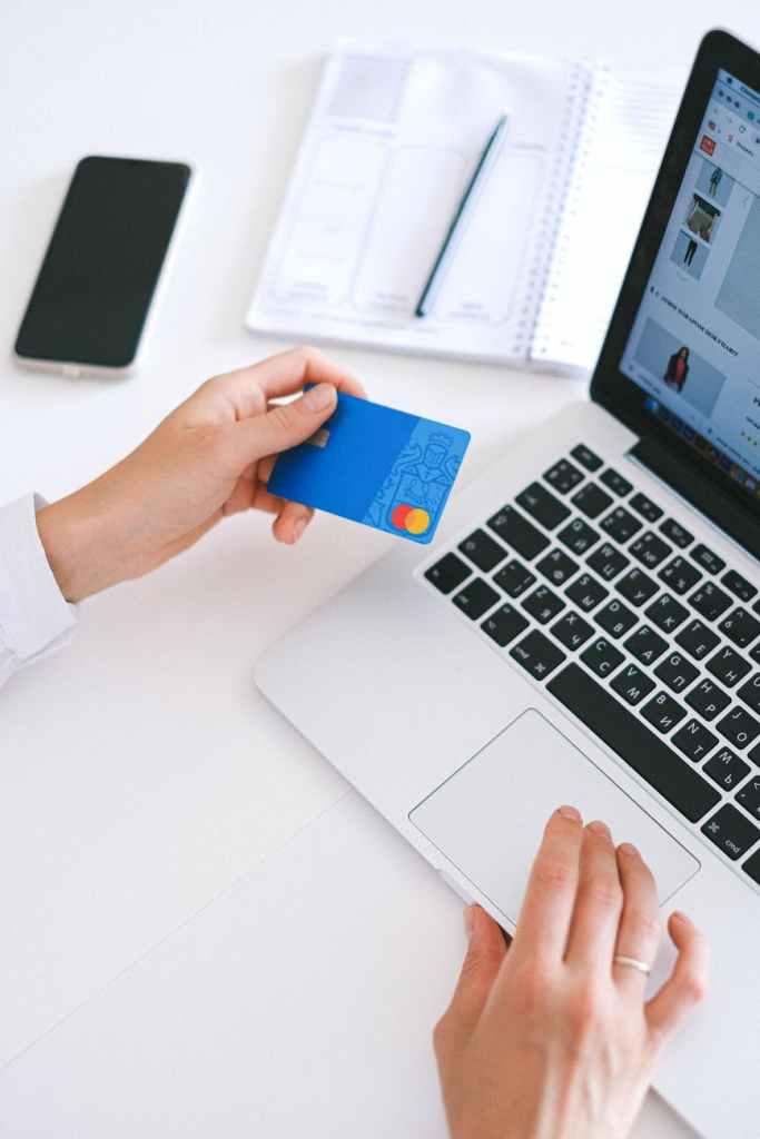 การทำธุรกรรมอิเล็กทรอนิกส์ (electronic transaction)